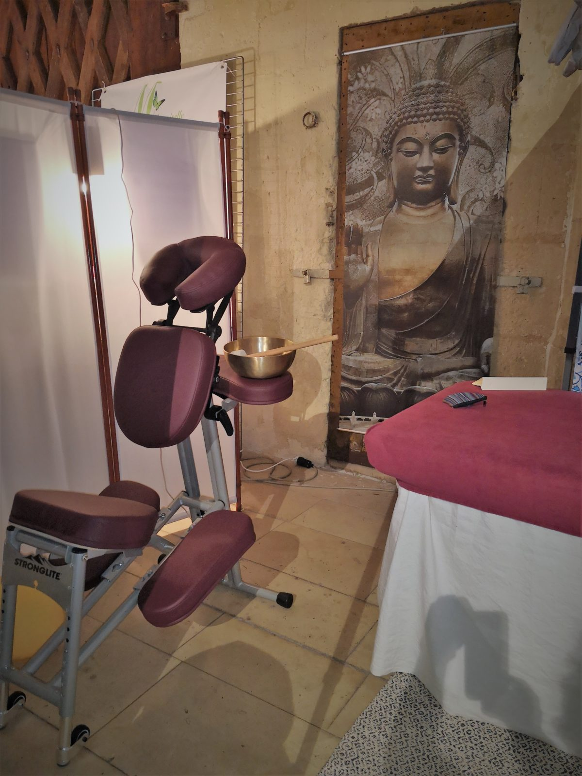 photo de la chaise massage assis pour le massage sonore spécial du dos