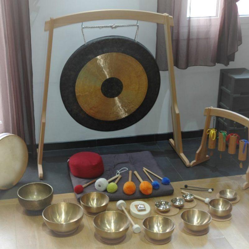 photo instruments de musique pour voyage sonore