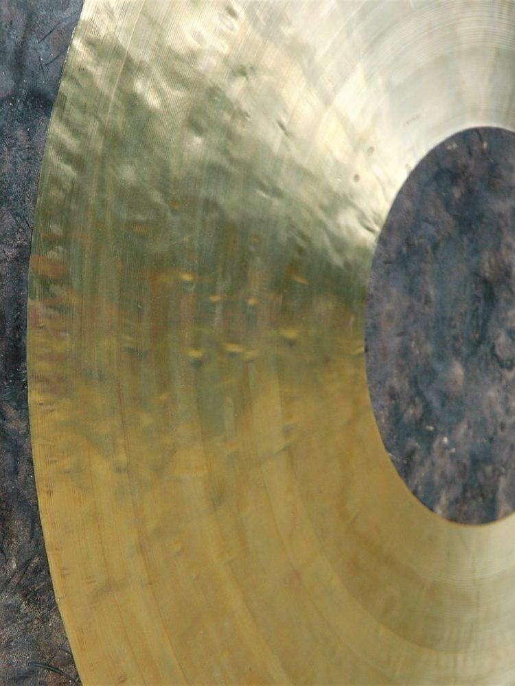 photo d'un tam tam gong décentré